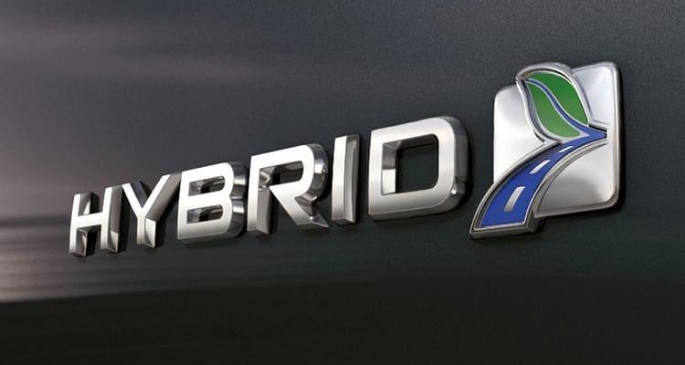 Vì sao sửa chữa xe Hybrid rất nguy hiểm?