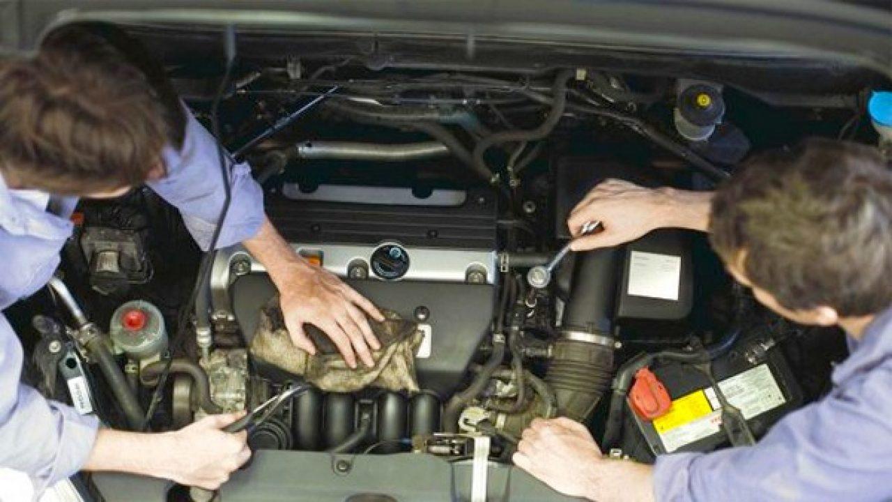 Những kỹ năng cơ bản mà một kỹ thuật viên sửa chữa ô tô cần phải biết