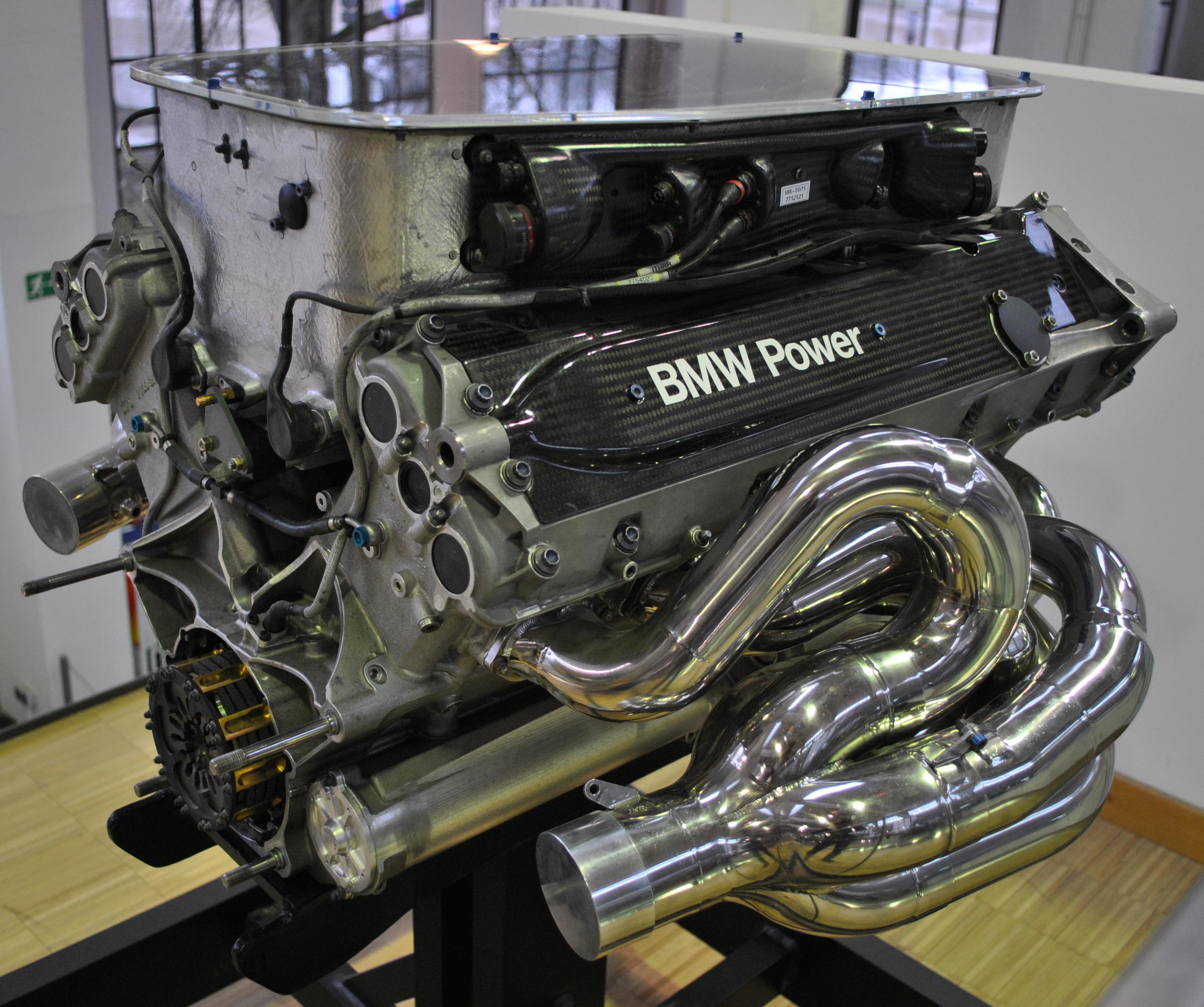 Dự án cuối cùng của Paul Rosche: Động cơ BMW E41 V10