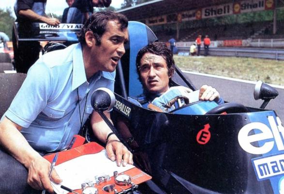 Paul Rosche đang thảo luận kỹ thuật với tay đua Nelson Piquet