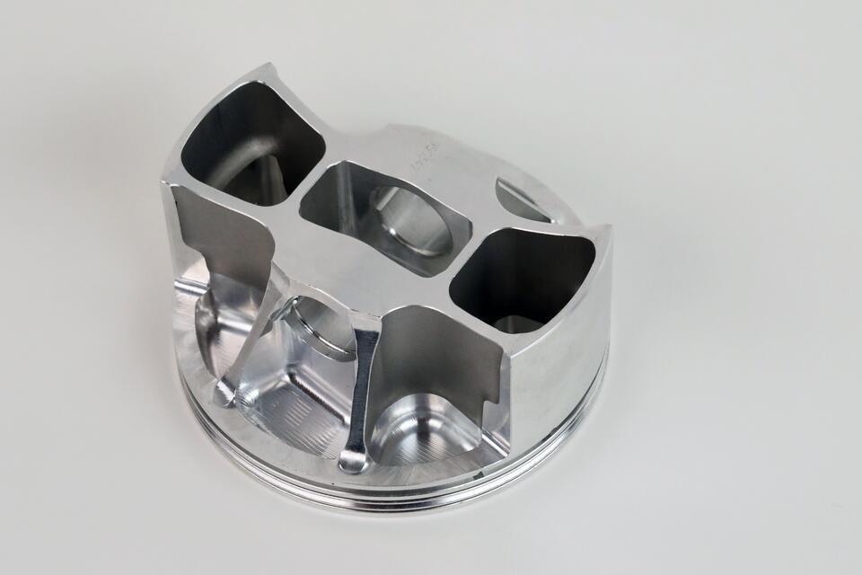 Loại piston được vát mỏng, tùy thuộc vào nhu cầu sử dụng (nếu nghiêng về hiệu suất không nghiêng về độ bền thì nên dùng)