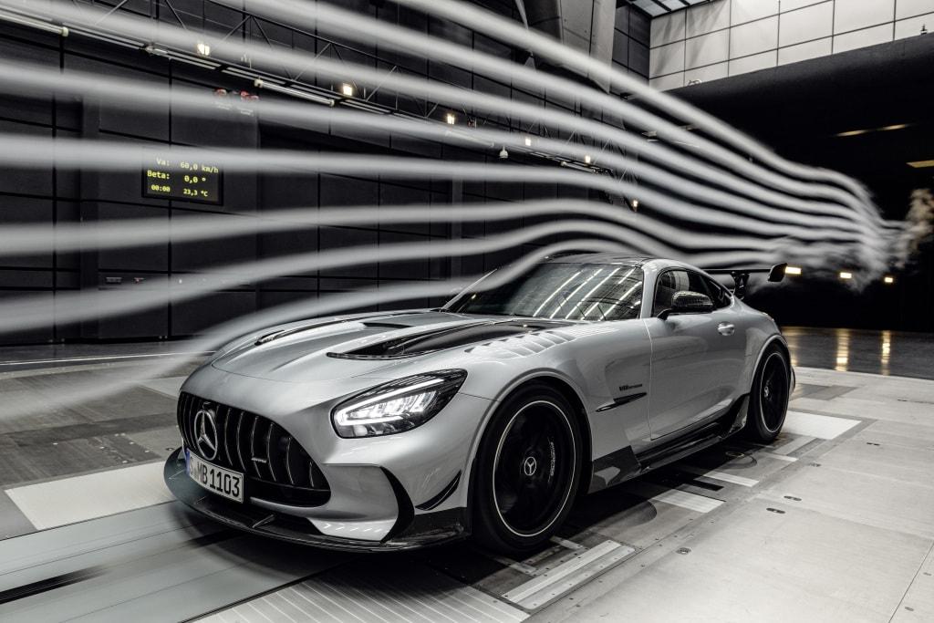 Mô phỏng khí động học của siêu xe thương mại nhanh nhất thế giới