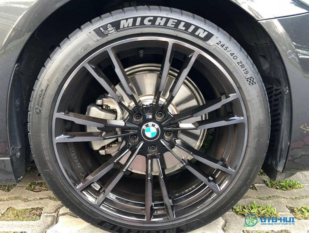 Thương hiệu lốp ô tô Michelin
