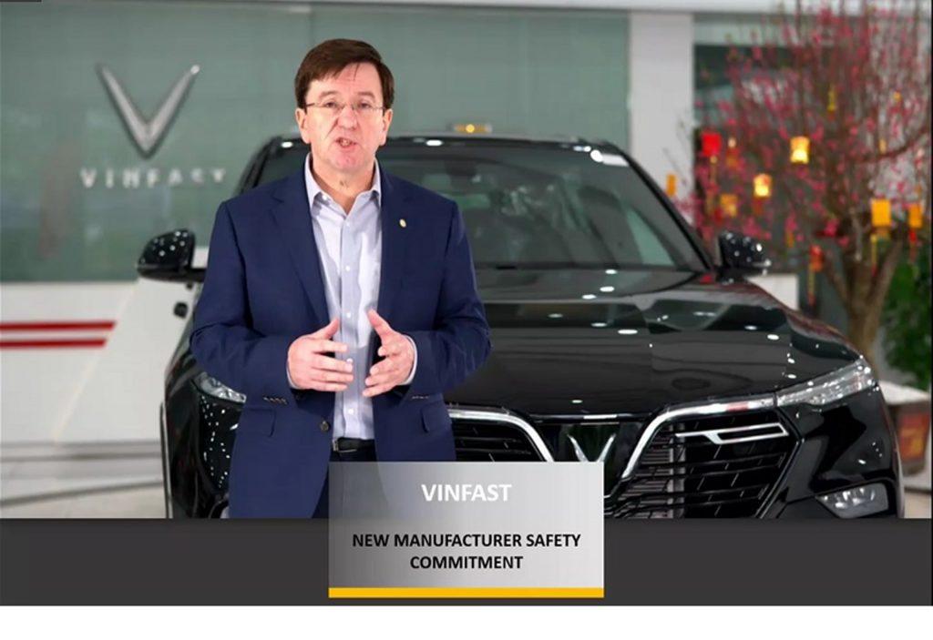 Ông Kevin Yardley - Phó Tổng giám đốc phụ trách Nghiên cứu và Phát triển của VinFast khẳng định cam kết đầu tư nghiêm túc, mạnh mẽ vào các công nghệ thông minh và tính năng an toàn nhằm bảo vệ người dùng ở mức cao nhất.