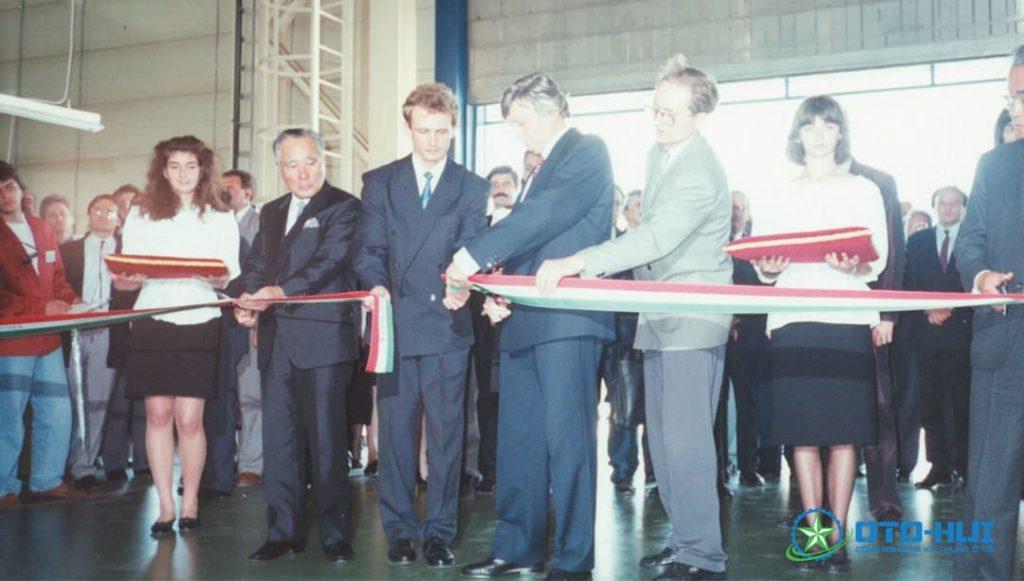Kí kết hợp tác giữa chính phủ Hungary và hãng xe Suzuki