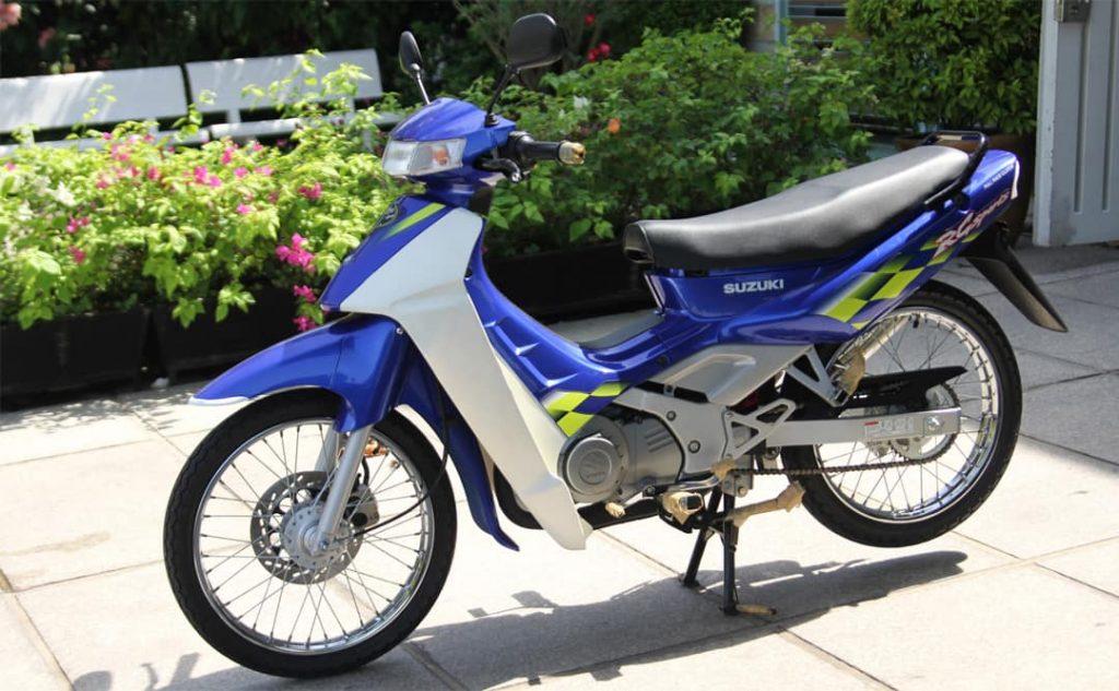 Suzuki RG Sport 110 dành cho thị trường Malaysia (1996-1998) có giá lên đến gần chục cây vàng thời điểm ấy