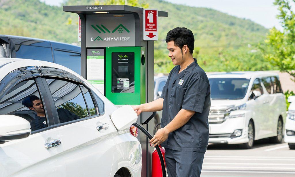 Các nước Đông Nam Á (trừ Việt Nam) có chính sách ưu đãi xe điện như thế nào?