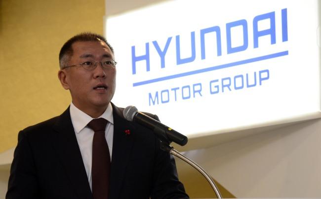 Tỷ phú Euisun Chung bật đèn: Hyundai rót vốn 7 tỷ USD đầu tư xe điện ở Mỹ