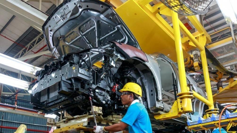 Chính phủ Malaysia tiếp tục miễn thuế tiêu thụ cho ô tô mới