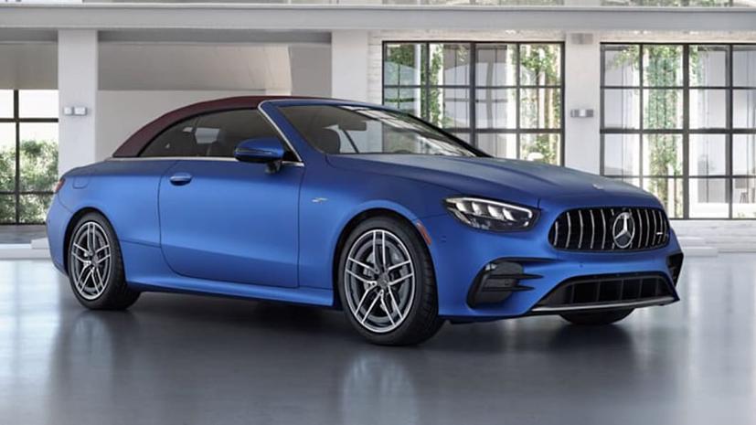 Các khách hàng của Mercedes-Benz đang phải đối mặt với thời gian chờ đợi hơn 1 năm cho đơn đặt hàng của họ vì sự gián đoạn sản xuất do thiếu chip, Giám đốc điều hành Daimler, Ola Kallenius, cho biết.